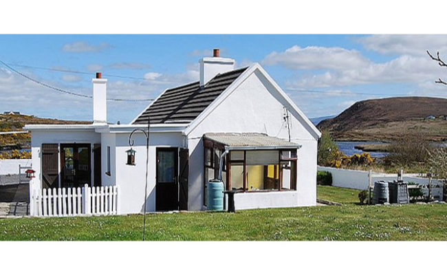 saula west cottage irlande location de vacances location vacances. Black Bedroom Furniture Sets. Home Design Ideas