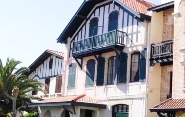 """""""La Vacancière"""" Biarritz"""