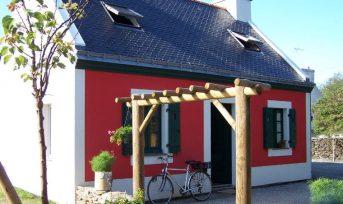 maison rouge Groix